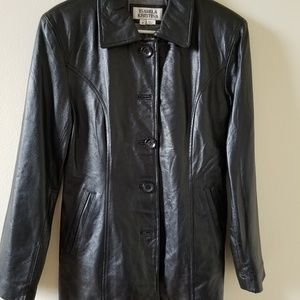 Black leather jacket,new,never used
